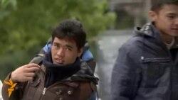 یورپ کے پُر خطر راستے پر سفر کرتے بچے