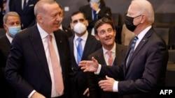 دیدار پیشین روسای جمهور آمریکا و ترکیه در نشست ناتو- تابستان امسال- آرشیو