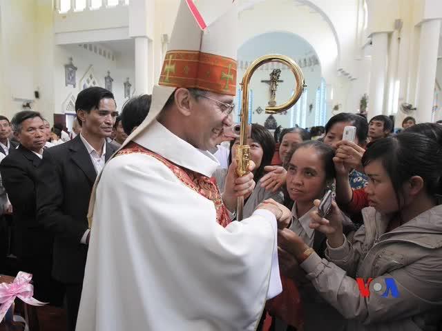 Đức Giáo Hoàng Benedicto 16 tiếp Tổng Bí thư đảng cộng sản Việt Nam