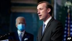 被當時還是當選總統的拜登提名為國家安全顧問的沙利文在特拉華州威爾明頓的過渡團隊總部講話。 (2020年11月24日)
