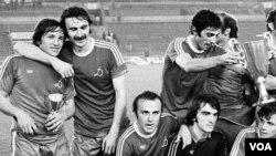 დარასელია, ჩივაძე, შენგელია, ხიზანიშვილი, გაბელია, სვანაძე..1981 წლის ოქროს გუნდი