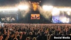 در این جشنواره دهها هزار نفر شرکت می کنند
