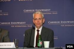 美国乔治华盛顿大学国际关系教授沙特(美国之音钟辰芳拍摄)