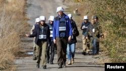 Група спостерігачів ОБСЄ біля села Петровське у Донецькій області 9 жовтня 2019 р.