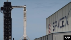 SpaceX Falcon 9 raketi