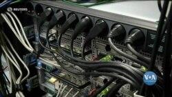 Російських хакерів звинувачують у кібернападах на установи місцевої влади США. Відео