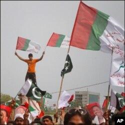 کراچی میں صورتحال ملک کے قبائلی علاقوں جیسی ہوگئی ہے، تجزیہ کار