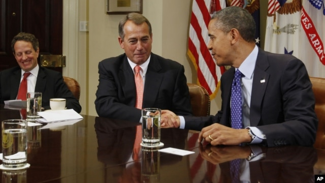 President Barack Obama hosts bipartisan meeting with Congressional leaders, Roosevelt Room of White House, November 16, 2012.