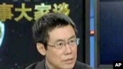时事评论员曹长青