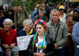 Pro-Ukrainian supporters attend a rally in the central Black Sea port of Odessa, Ukraine, on May 4, 2014.
