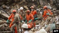 17 погибших при обрушении зданий в Бразилии