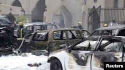 Vatrogasci na mestu napada u Damanu, u Saudijskoj Arabiji
