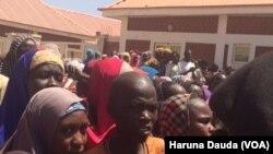 Des déplacés dans un camp à Borno, Nigeria, 6 mars 2017