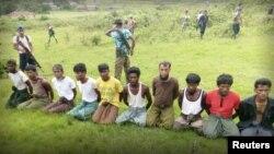 路透社报道10名罗兴亚人2017年9月2日被缅甸军方杀害(路透社)