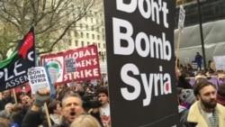 İngiltere'de 30 Kentte Savaş Karşıtı Protesto