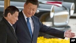 Tổng thống Philippines và Chủ tịch Trung Quốc Tập Cận Bình trong chuyến thăm Trung Quốc hôm 20/10.
