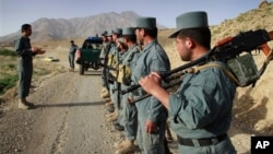 پولیس افغان بیشتر از هر قوای دیگری تلفات می بیند و صدمه پذیر است