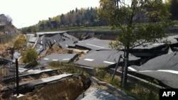 Uništeni putevi u Japanu nakon prošlogodišnjeg cunamija