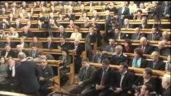 2012-02-08 美國之音視頻新聞: 反對派抗議普京競選總統
