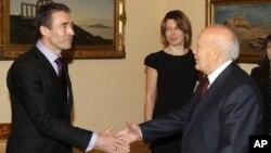 Από την επίσκεψη του κ. Ρασμούσεν στον Πρόεδρο της Δημοκρατίας, Κάρολο Παπούλια