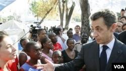 Presiden Nicolas Sarkozy akan mendapat tantangan mantan PM de Villepin di tahun 2012.