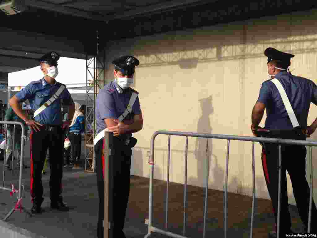 Kataniya - İtaliya polisi