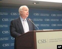 麦凯恩参议员在战略与国际研究中心研讨会上讲话