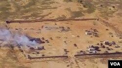 Deux jours d'intense bataille autour des camps de Boulkessy et Mondoro, près du Burkina Faso, se sont soldés par la mort d'au moins 25 soldats maliens, selon un bilan officiel provisoire.
