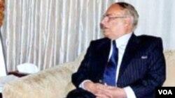 Gubernur provinsi Khyber Pakhtunkhwa, Masood Kausar selamat dari percobaan pembunuhan Taliban (foto:dok).