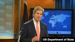 Ngoại trưởng Hoa Kỳ John Kerry nói, 'Snowden nên can đảm đối mặt với bản cáo trạng về tội làm gián điệp'