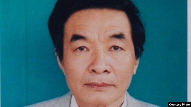 Nhà văn Nguyễn Xuân Nghĩa bị kết án 6 năm tù về tội danh 'tuyên truyền chống nhà nước' vào năm 2009.