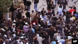 Nouvelles manifestations à Tunis