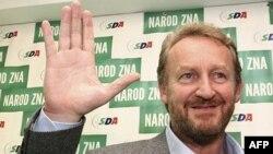 Zgjedhjet në Bosnje, presidenca treanëtarëshe përsëri e ndarë