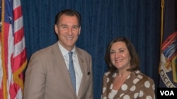 Congressman Tom Suozzi