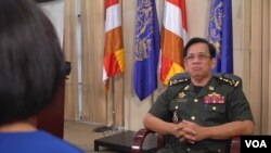 Tướng Chhum Socheat, phát ngôn viên của Bộ Quốc phòng Campuchia, trong cuộc phỏng vấn với Đài VOA tại Phnom Penh, ngày 22/8/2019.