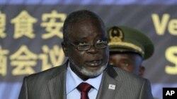 Rais wa Guinea Bissau Malam Bacai Sanha akitoa hotuba katika Umoja wa Mataifa Novemba. 17, 2009.