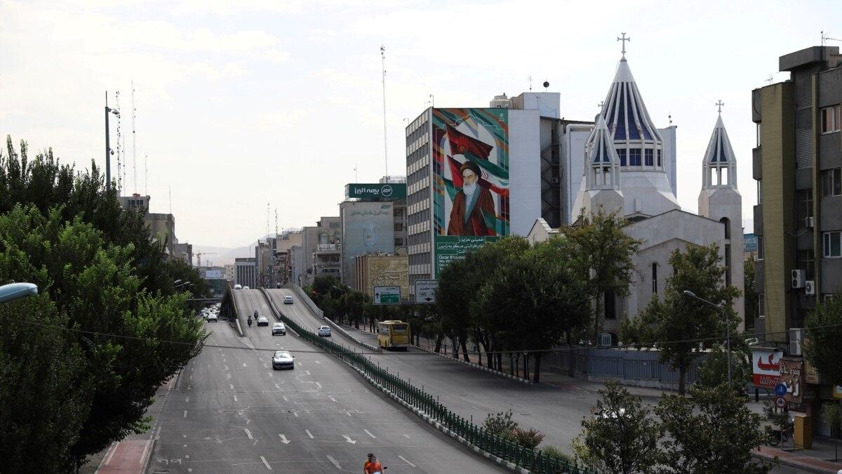 Lockdown di Iran, Jalan-Jalan Lengang di Teheran