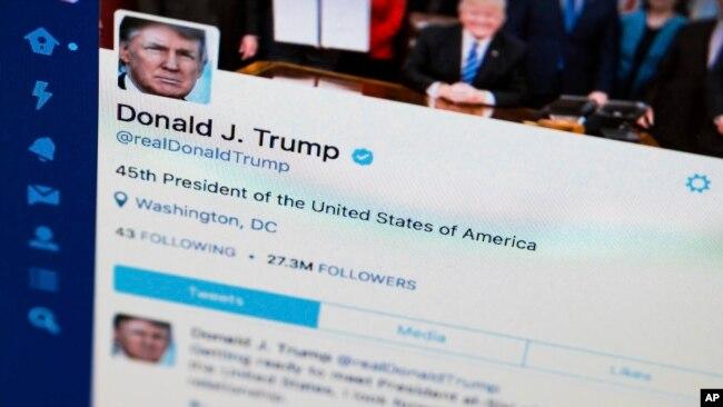Trang Twitter của ông Trump