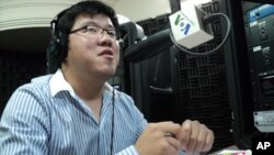 """Teng Somongkol, a PhD candidate at Minnesota University who is researching Cambodian academic institutions, told """"Hello VOA"""" Monday."""