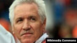 Ông Tom Sermanni, tân Huấn luyện viên đội tuyển bóng đá nữ Mỹ