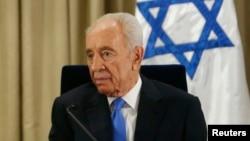 FILE - Israeli ex-president Shimon Peres.