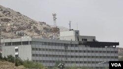 otèl kote militan yo te atake a nan dat 28 jen 2011 la