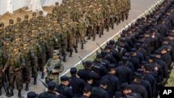 Forcat speciale në El Salvador luftojnë grupet kriminale