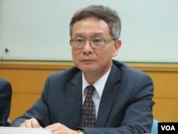 台湾淡江大学国际事务学院院长王高成(美国之音张永泰拍摄)
