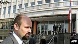 Privedena devetorica osumnjičenih za ratne zločine na Kosovu