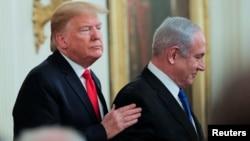 Tổng thống Mỹ Donald Trump và Thủ tướng Israel Benjamin Netanyahu tại cuộc họp báo chung về kế hoạch hòa bình Trung Đông của Tổng thống Trump tại Tòa Bạch Ốc ngày 28/1/2020.