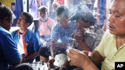 Tobacco smoking, Jakarta, Indonesia