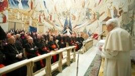 Vatikani kritikon median