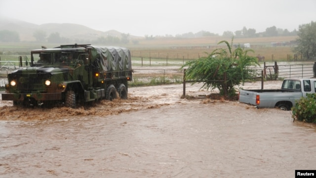 Colorado National Guardsmen respond to floods in Boulder County, Colorado, in this handout photo provided by the Army National Guard, Sept. 12, 2013.