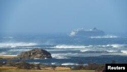 Круизное судно Viking Sky у побережья Норвегии. 23 марта 2019 г.